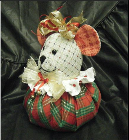 click here to view larger image of Christmas Mouse Puffy (hand painted canvases)